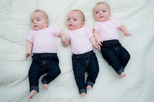 triplets2-22